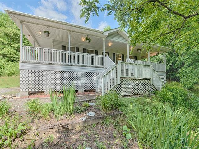 57 Love Carriage Loop, Waynesville, NC 28785 (#3403232) :: Rowena Patton's All-Star Powerhouse powered by eXp Realty LLC
