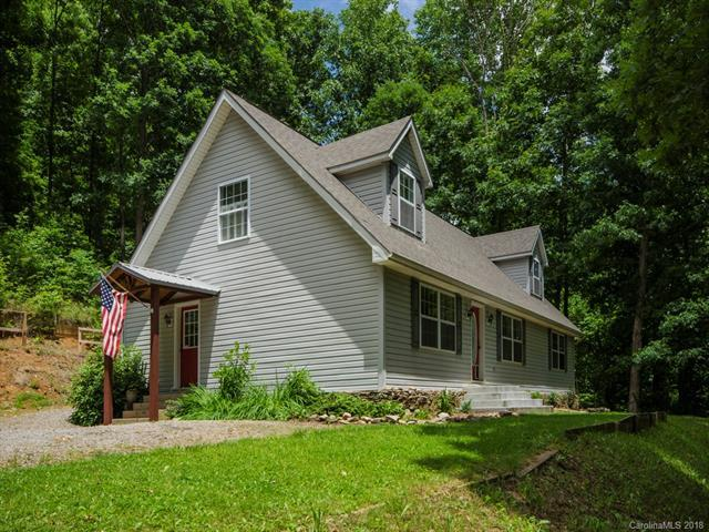 685 Fern Trail, Waynesville, NC 28786 (#3403486) :: Puma & Associates Realty Inc.