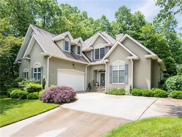 170 Fernbrook Way, Hendersonville, NC 28791 (#3403493) :: Rowena Patton's All-Star Powerhouse powered by eXp Realty LLC
