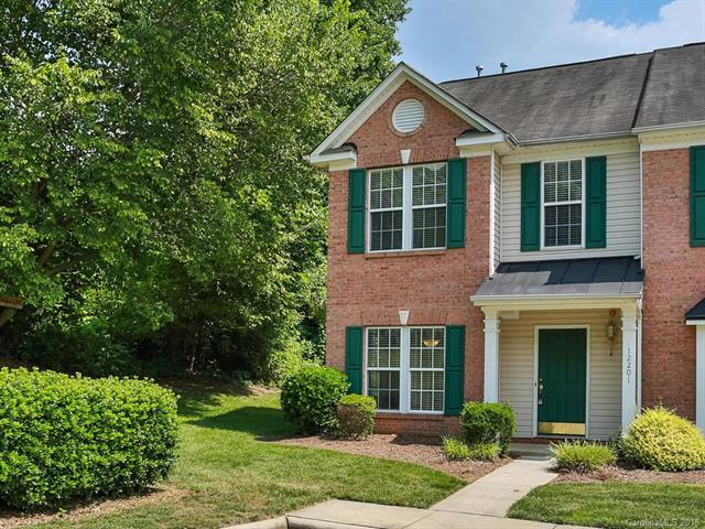 12201 Jessica Place, Charlotte, NC 28269 (#3403577) :: Odell Realty Group