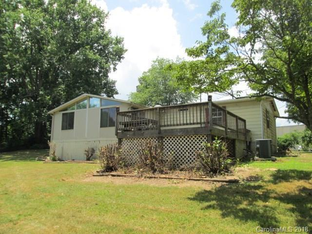 213 N Bear Creek Road, Asheville, NC 28806 (#3403594) :: Johnson Property Group - Keller Williams