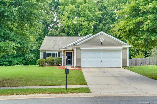 4124 Larkhaven Village Drive, Charlotte, NC 28215 (#3403599) :: Stephen Cooley Real Estate Group