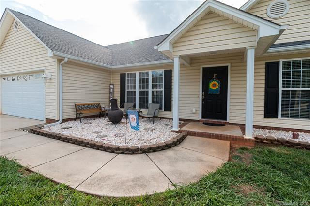 4381 Timberwood Drive, Gastonia, NC 28056 (#3403740) :: Leigh Brown and Associates with RE/MAX Executive Realty