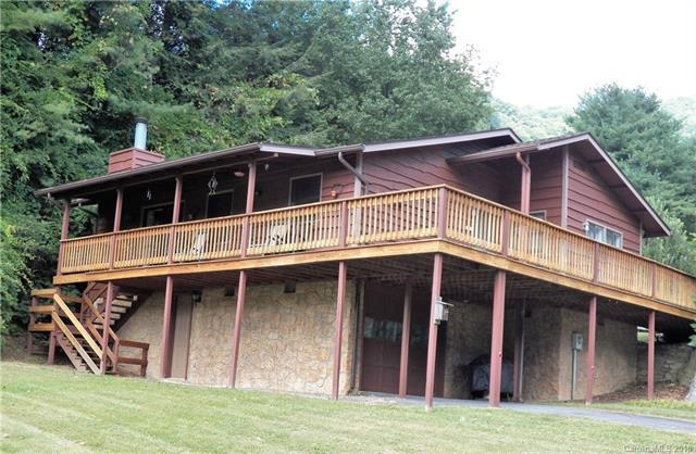 36 Crystalwood Lane, Maggie Valley, NC 28751 (#3403745) :: Puma & Associates Realty Inc.