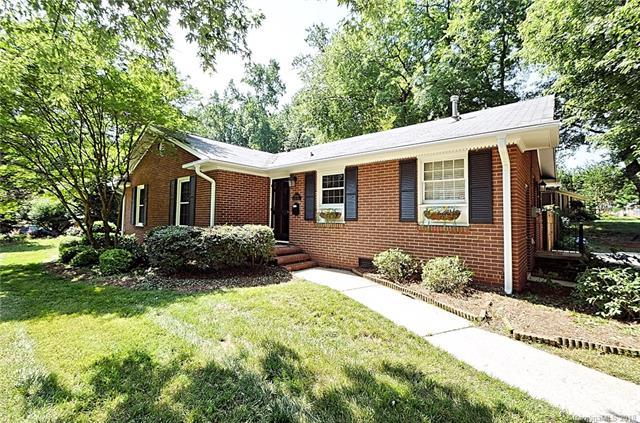 2000 Wensley Drive, Charlotte, NC 28210 (#3403895) :: The Ramsey Group