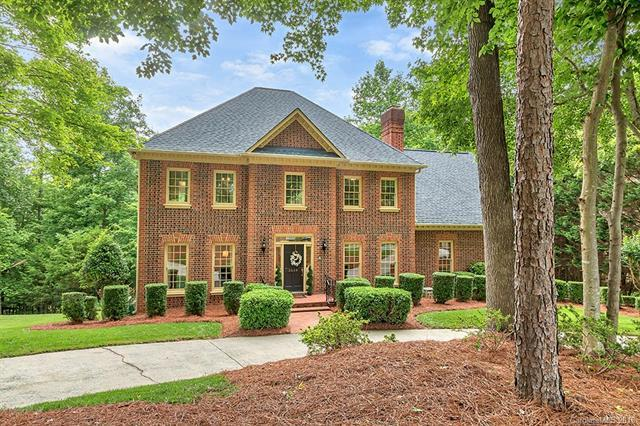 3610 Plantation Road, Charlotte, NC 28270 (#3403906) :: Stephen Cooley Real Estate Group