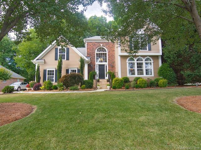 8916 Devonshire Drive, Huntersville, NC 28078 (#3404022) :: High Performance Real Estate Advisors