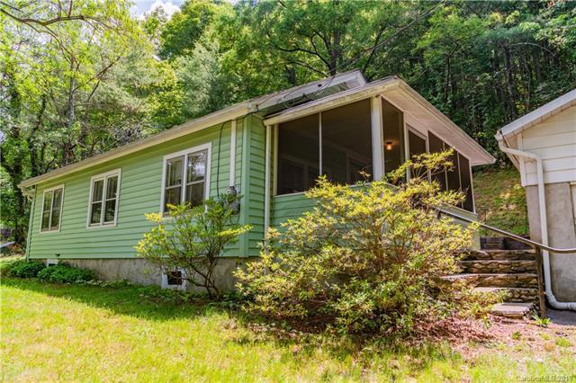 871 Bee Tree Road, Swannanoa, NC 28778 (#3404064) :: Exit Realty Vistas