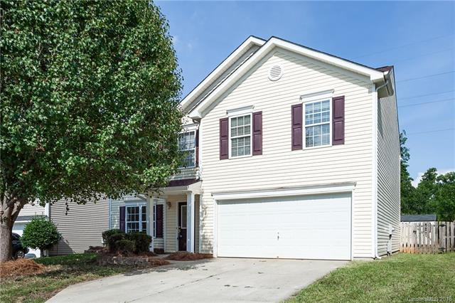 9214 Atlas Cedar Drive, Charlotte, NC 28215 (#3404206) :: Mossy Oak Properties Land and Luxury
