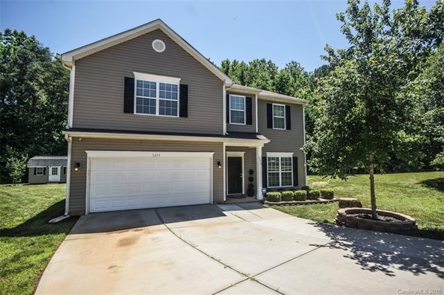 5219 Holbert Circle, Charlotte, NC 28269 (#3404249) :: Stephen Cooley Real Estate Group
