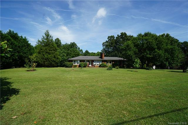 8270 Sherrills Ford Road, Sherrills Ford, NC 28673 (#3404451) :: Odell Realty Group