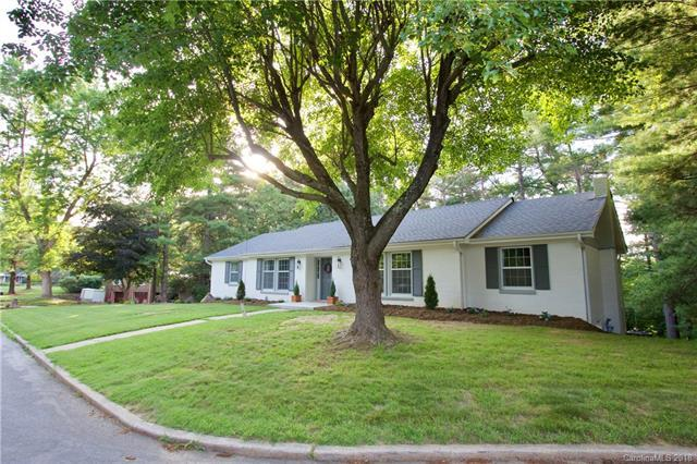12 Blueberry Hill Road, Asheville, NC 28804 (#3404494) :: Besecker Homes Team