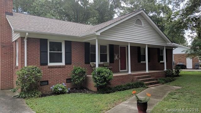 2719 Johnny Reb Lane, Charlotte, NC 28273 (#3404714) :: High Performance Real Estate Advisors