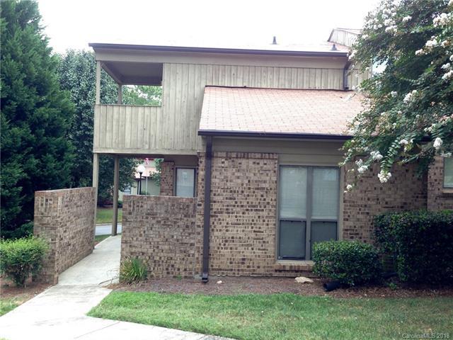 8013 Charter Oak Lane, Charlotte, NC 28226 (#3404766) :: SearchCharlotte.com