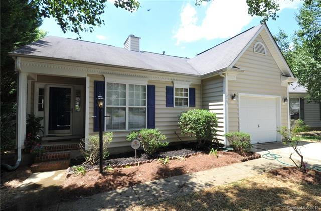 12007 Alabaster Court, Charlotte, NC 28269 (#3404838) :: The Ramsey Group
