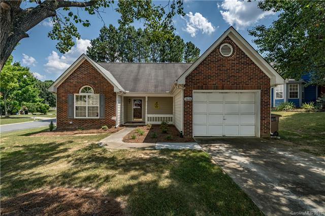 2606 Fence Post Lane #52, Monroe, NC 28110 (#3404911) :: The Ramsey Group