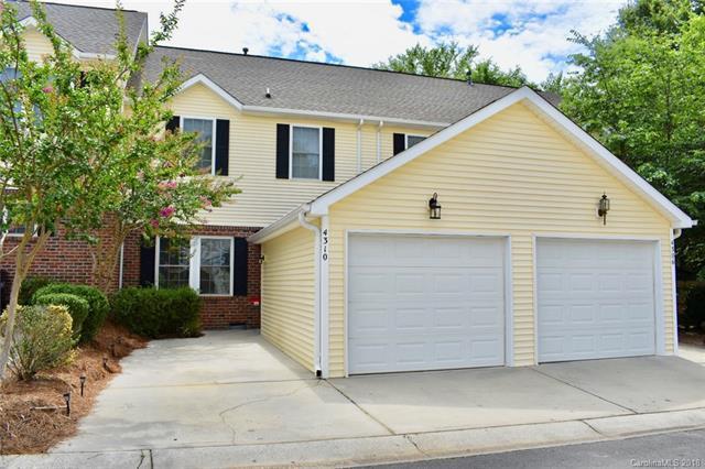 4310 Laurel Hill Lane, Charlotte, NC 28217 (#3404966) :: High Performance Real Estate Advisors