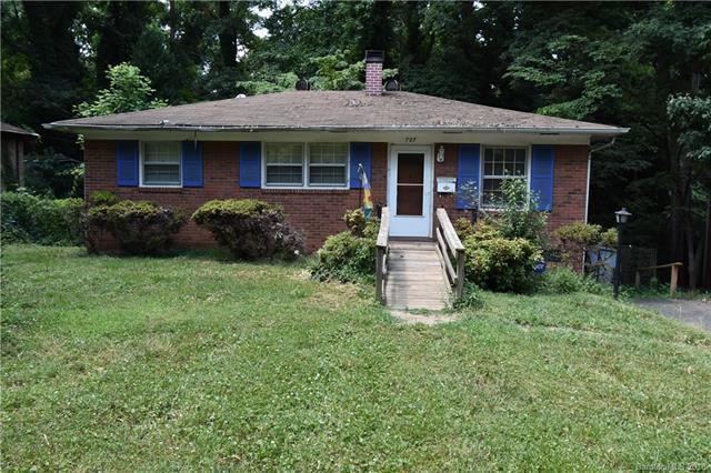 727 Crater Street, Charlotte, NC 28205 (#3404996) :: The Temple Team