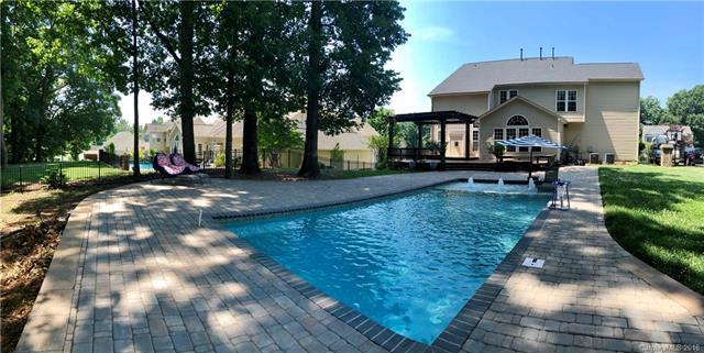173 Bay Laurel Drive, Mooresville, NC 28115 (#3405048) :: Exit Mountain Realty