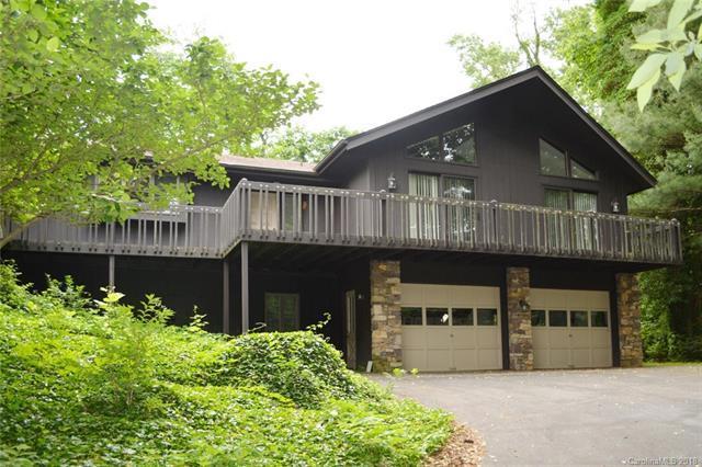 2731 Miller Lane, Hendersonville, NC 28791 (#3405050) :: RE/MAX Four Seasons Realty
