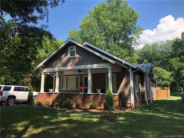 717 Walnut Avenue, Charlotte, NC 28208 (#3405067) :: SearchCharlotte.com
