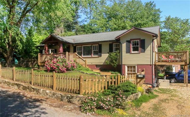1101 Jefferson Street, Hendersonville, NC 28739 (#3405286) :: RE/MAX Four Seasons Realty
