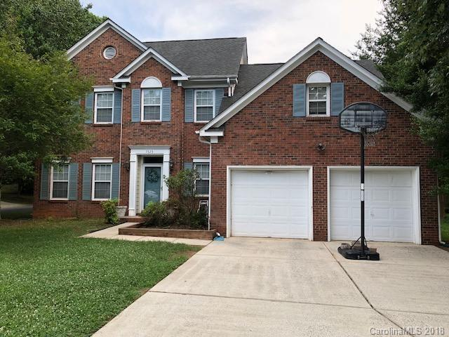 7325 Scarlet Runner Drive, Charlotte, NC 28215 (#3405528) :: Odell Realty Group