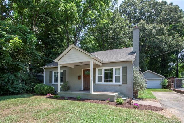 1832 Graybark Avenue, Charlotte, NC 28205 (#3405619) :: Team Lodestone at Keller Williams SouthPark