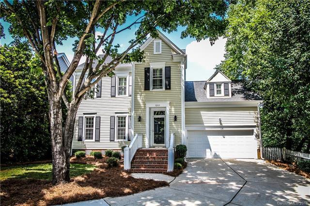 3203 Moores Glen Drive, Charlotte, NC 28209 (#3405779) :: High Performance Real Estate Advisors