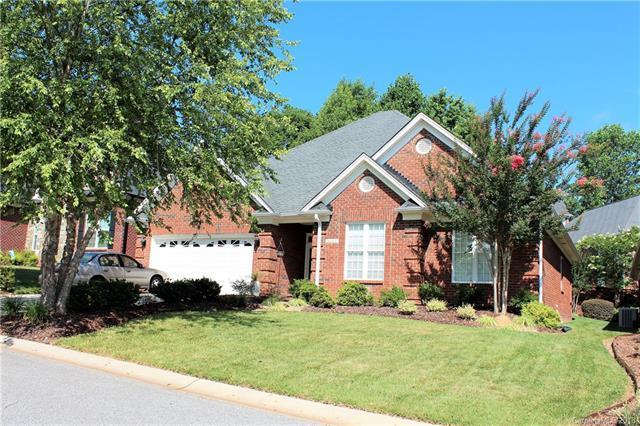 4002 Saint Andrews Court, Cramerton, NC 28032 (#3405867) :: LePage Johnson Realty Group, LLC