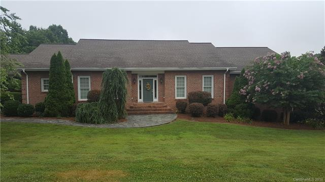 433 Glen Eagles Road E, Statesville, NC 28625 (#3405878) :: The Sarver Group