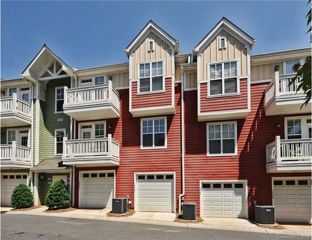 1572 Walnut View Drive, Charlotte, NC 28208 (#3405892) :: High Performance Real Estate Advisors