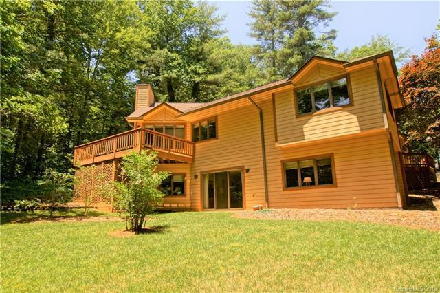 35 Mountain Lake Drive, Hendersonville, NC 28739 (#3405903) :: Exit Realty Vistas