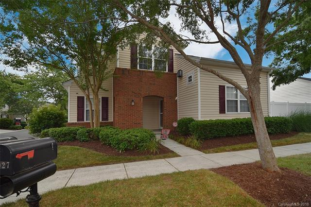 9027 Meadowmont View Drive, Charlotte, NC 28269 (#3405915) :: The Ramsey Group