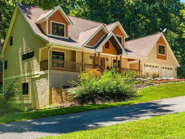 6 Stags Run, Horse Shoe, NC 28742 (#3405932) :: Exit Mountain Realty