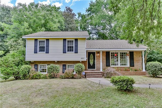 1823 Emerywood Drive, Charlotte, NC 28210 (#3406174) :: Team Lodestone at Keller Williams SouthPark