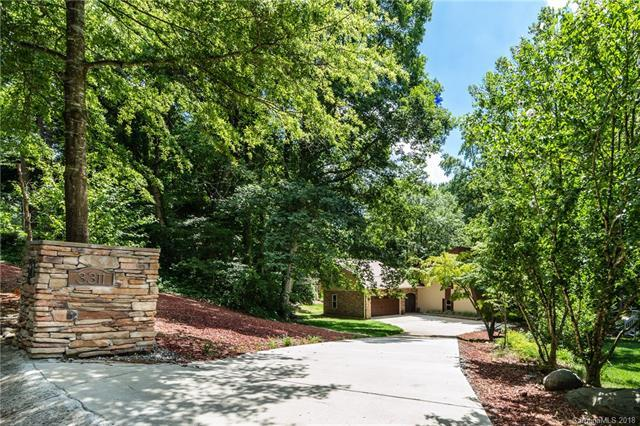 3311 Johnny Cake Lane, Charlotte, NC 28226 (#3406194) :: The Andy Bovender Team
