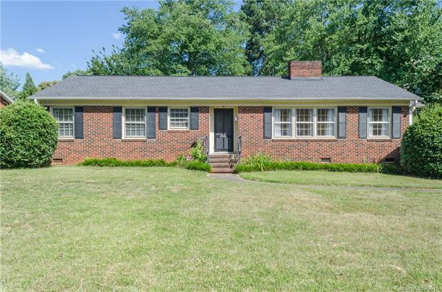 4526 Wedgewood Drive, Charlotte, NC 28210 (#3406555) :: High Performance Real Estate Advisors