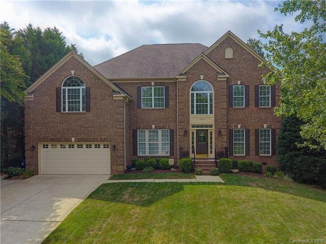 15834 Woodcote Drive, Huntersville, NC 28078 (#3406715) :: Caulder Realty and Land Co.