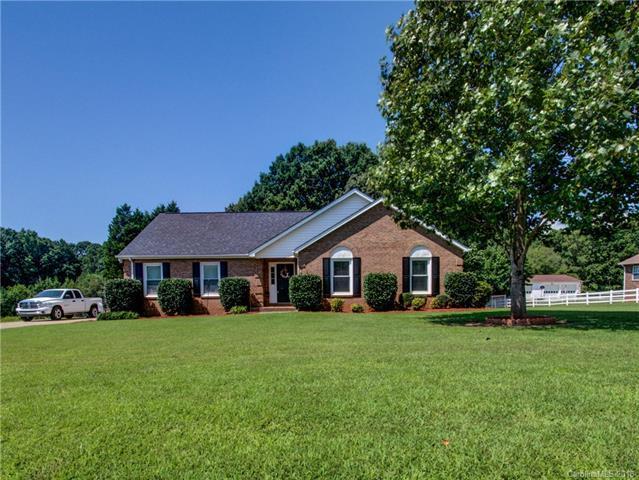 146 Sunshine Drive, Mooresville, NC 28115 (#3406792) :: LePage Johnson Realty Group, LLC