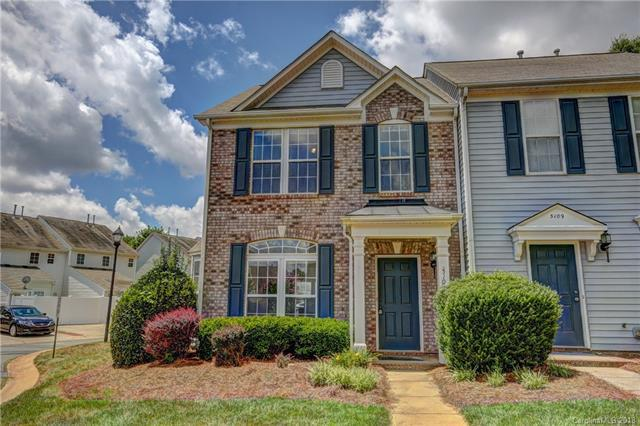 5105 Lakeridge Commons Drive, Charlotte, NC 28269 (#3406823) :: Exit Mountain Realty