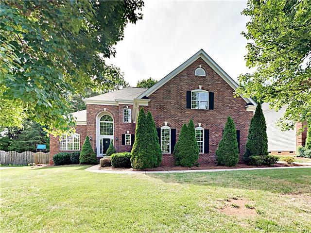 6333 Glengarrie Lane, Huntersville, NC 28078 (#3406834) :: Odell Realty