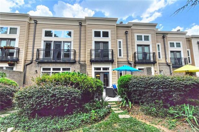 239 Dotger Avenue F5, Charlotte, NC 28207 (#3407217) :: The Ann Rudd Group