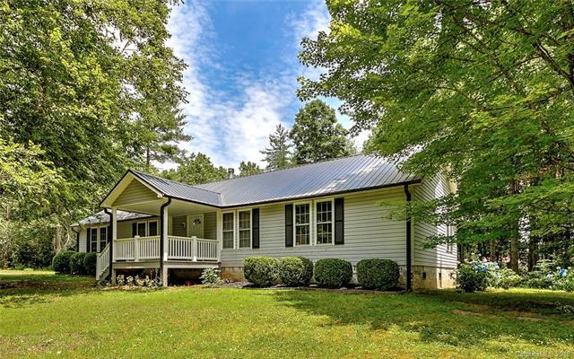 21 Larry Mcdonald Memorial Drive, Hendersonville, NC 28739 (#3407345) :: Exit Mountain Realty