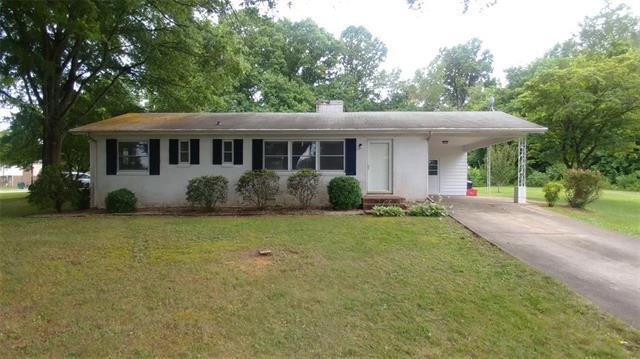 343 Clover Lane, Newton, NC 28658 (#3407382) :: LePage Johnson Realty Group, LLC