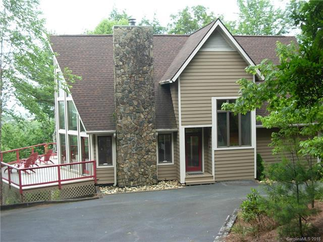 749 Lakeside Drive, Lake Toxaway, NC 28747 (#3407705) :: Puma & Associates Realty Inc.