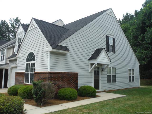 2021 University Heights Lane, Charlotte, NC 28213 (#3407769) :: High Performance Real Estate Advisors