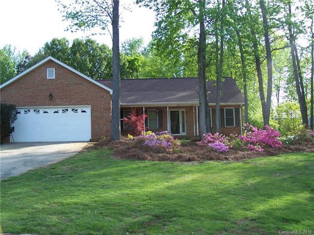 1727 Brandywine Drive, Matthews, NC 28105 (#3408880) :: High Performance Real Estate Advisors