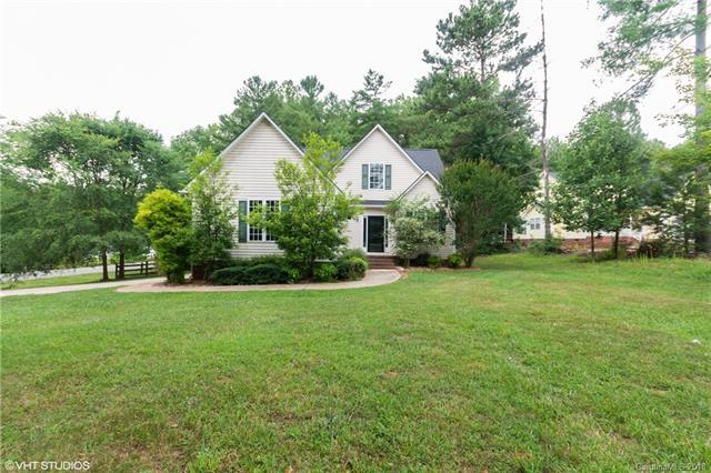 206 Spicewood Circle, Troutman, NC 28166 (#3408952) :: Zanthia Hastings Team