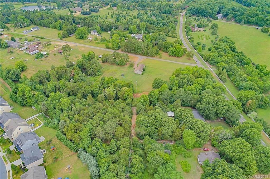 13509 Hamilton Road, Charlotte, NC 28278 (#3409333) :: LePage Johnson Realty Group, LLC